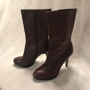 Brown stiletto boot